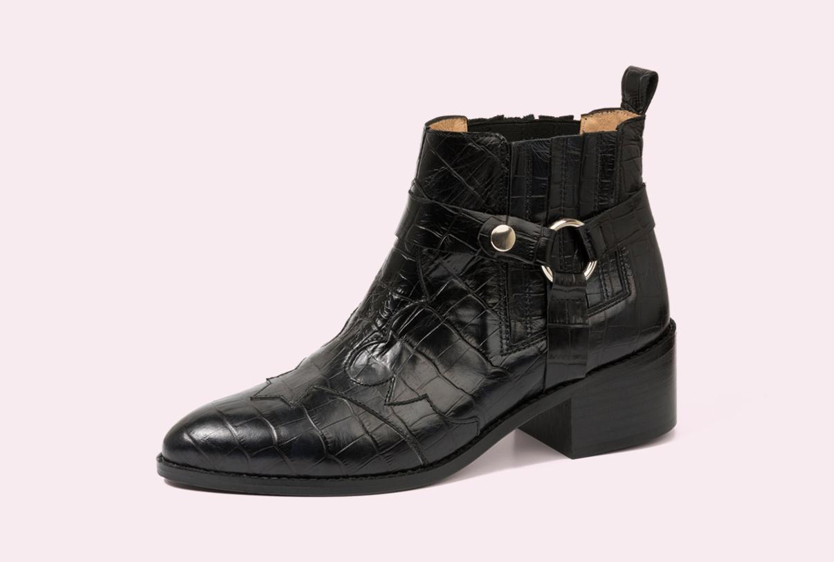 botines para señora fabricados por la fábrica de zapatos Sandra Stylo